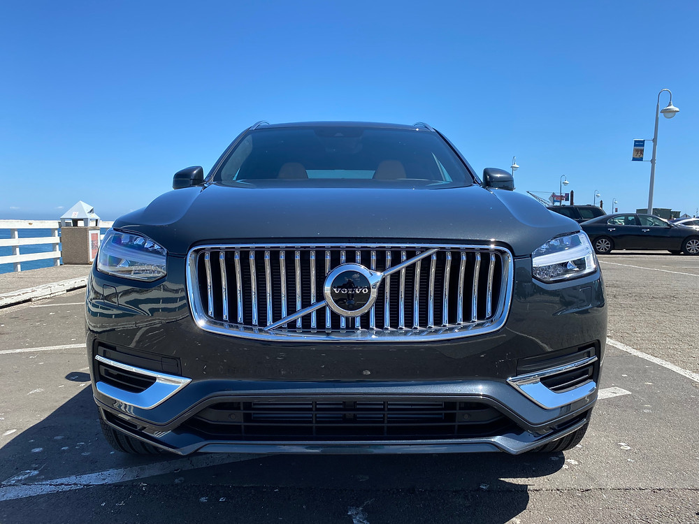 2021 Volvo XC90 Recharge T8 Inscription front view