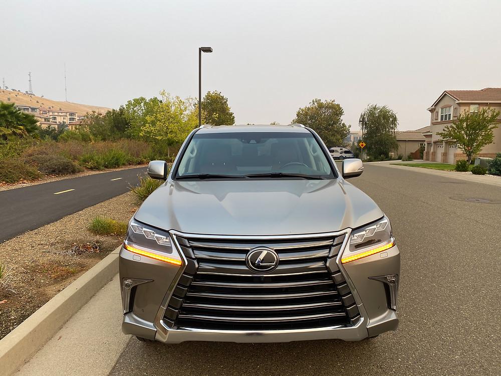 2020 Lexus LX570 front view