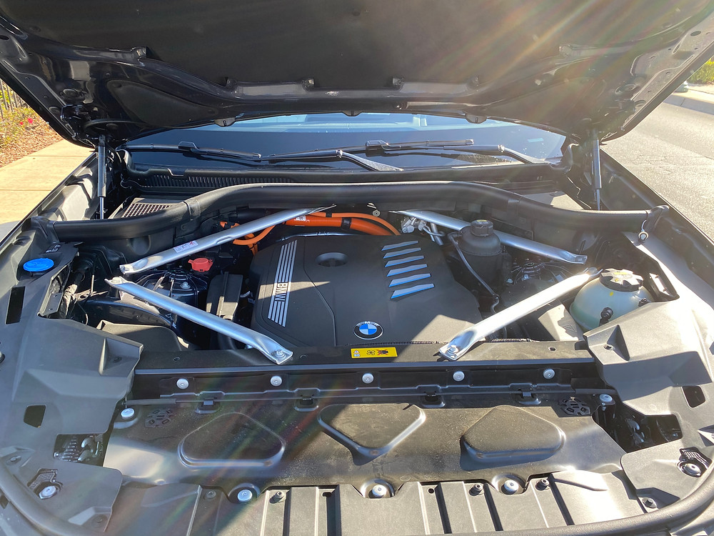 2021 BMW X5 xDrive45e engine