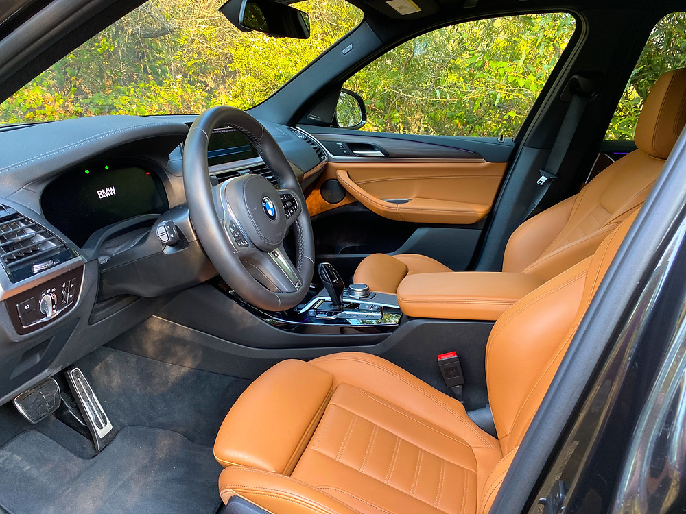 2020 BMW X3 xDrive30e front seats