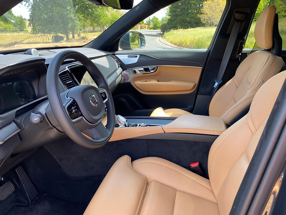 2021 Volvo XC90 Recharge T8 Inscription front seats