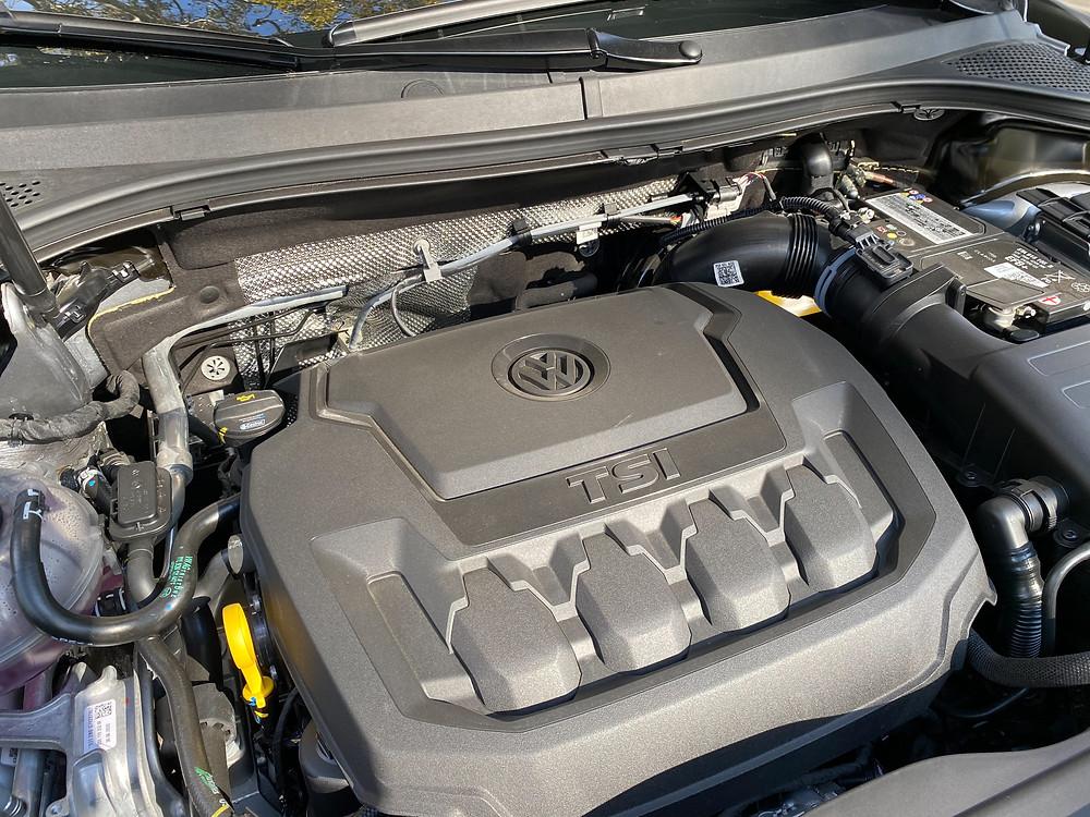 2020 Volkswagen Tiguan 2.0T SE R-Line Black engine