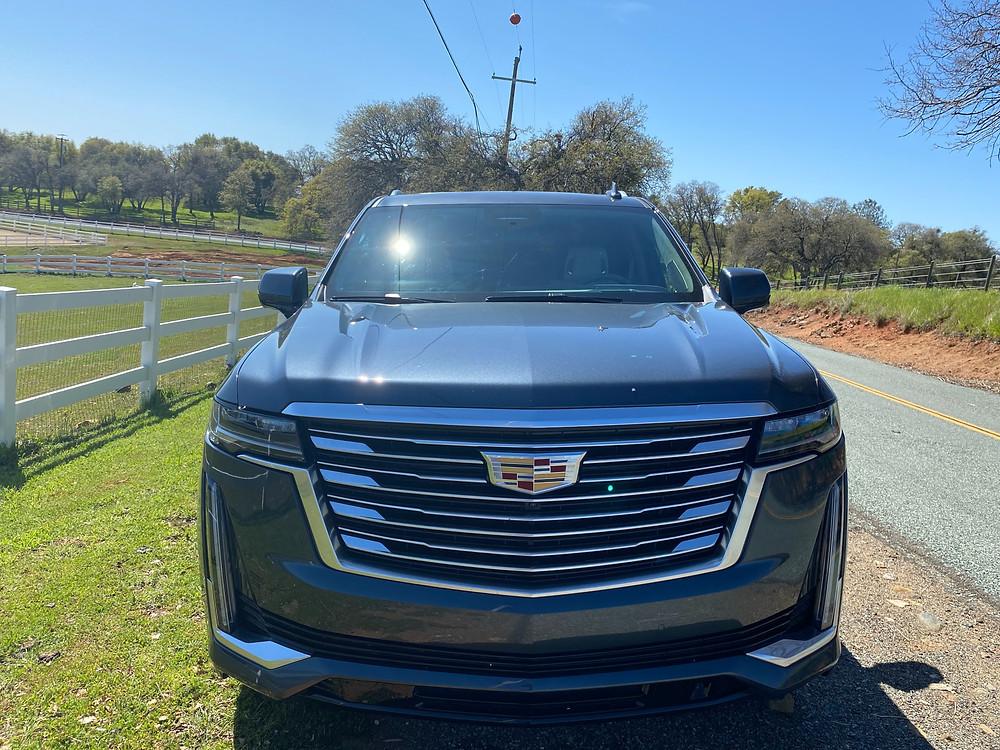 2021 Cadillac Escalade 4WD Platinum front view