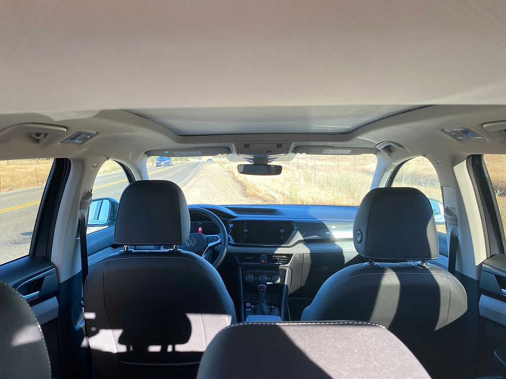 2022 Volkswagen Taos 1.5T SEL interior