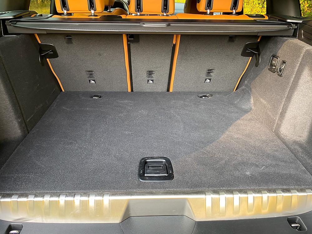2020 BMW X3 xDrive30e cargo area
