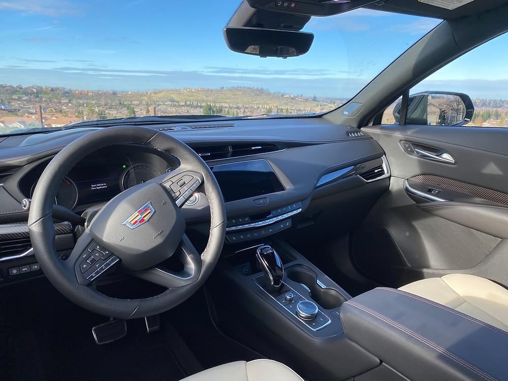 2021 Cadillac XT4 instrument panel