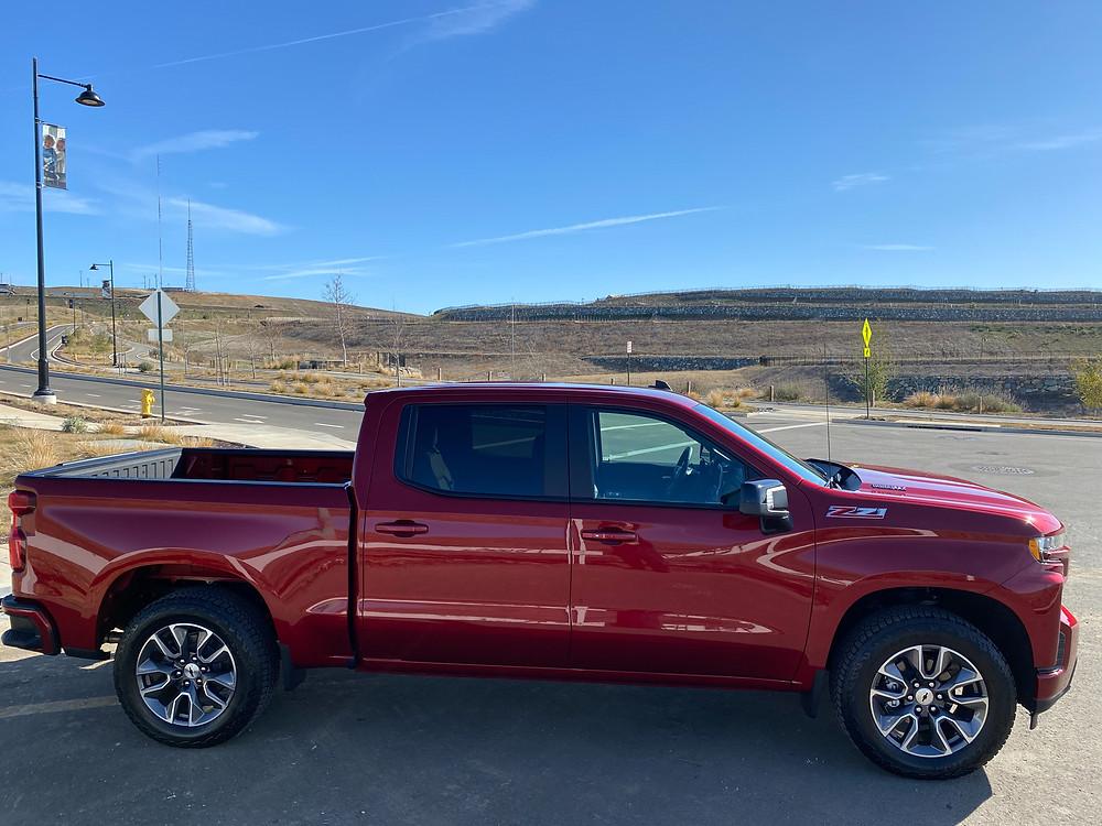 2021 Chevrolet Silverado Crew RST 4WD side view