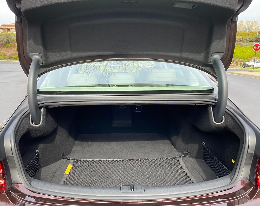 2021 Genesis G80 2.5 T Standard trunk