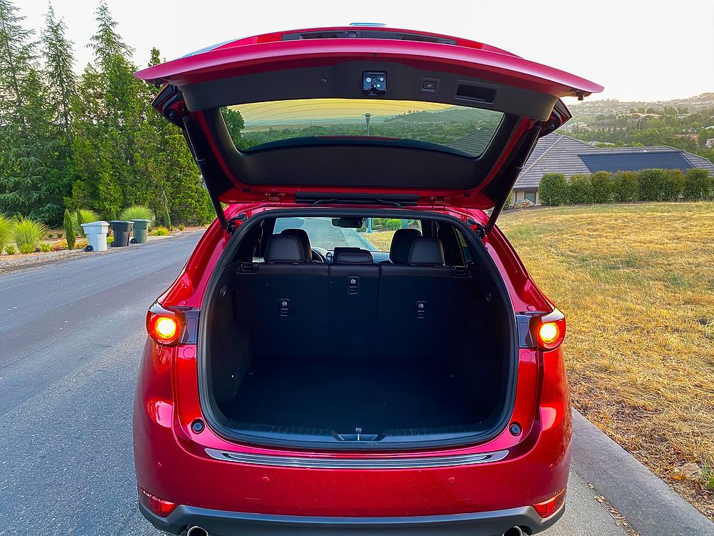 2020 Mazda CX-5 Signature AWD rear liftgate open