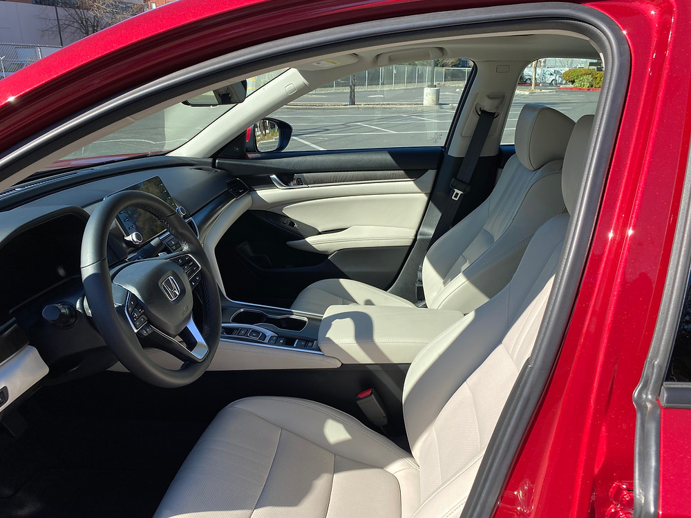 2021 Honda Accord Hybrid front seats