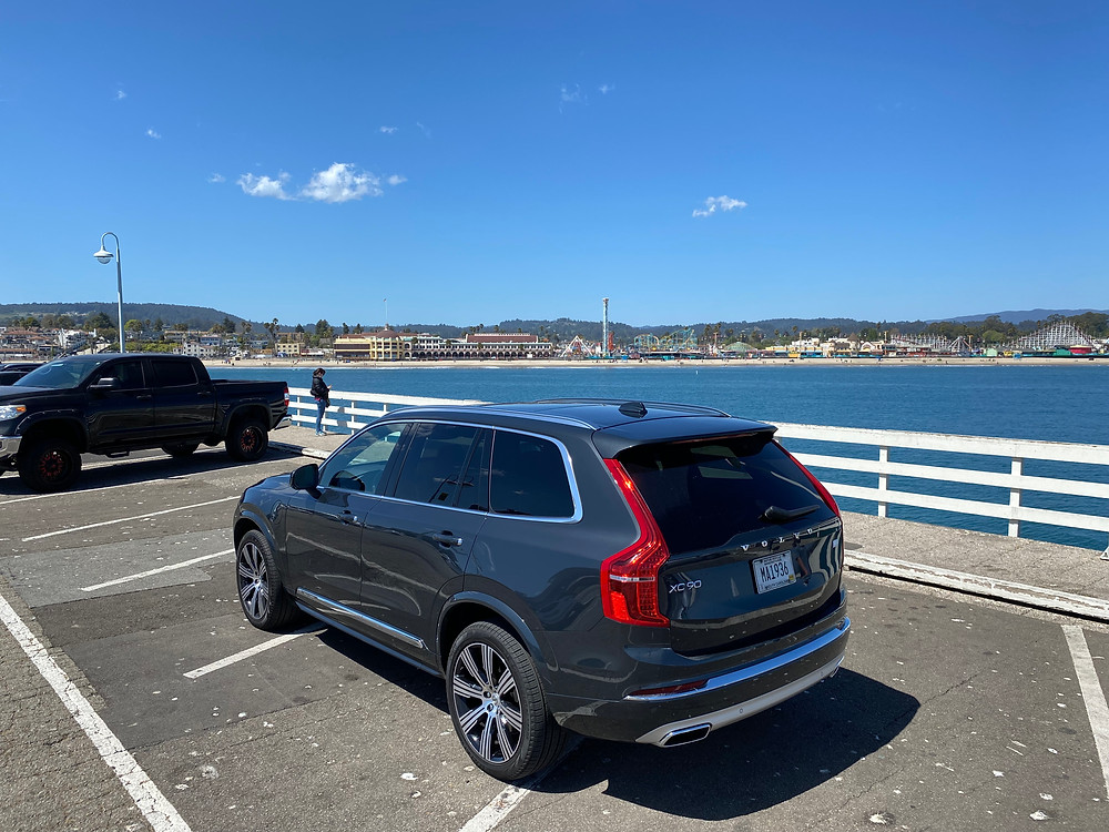 2021 Volvo XC90 Recharge T8 Inscription rear 3/4 view