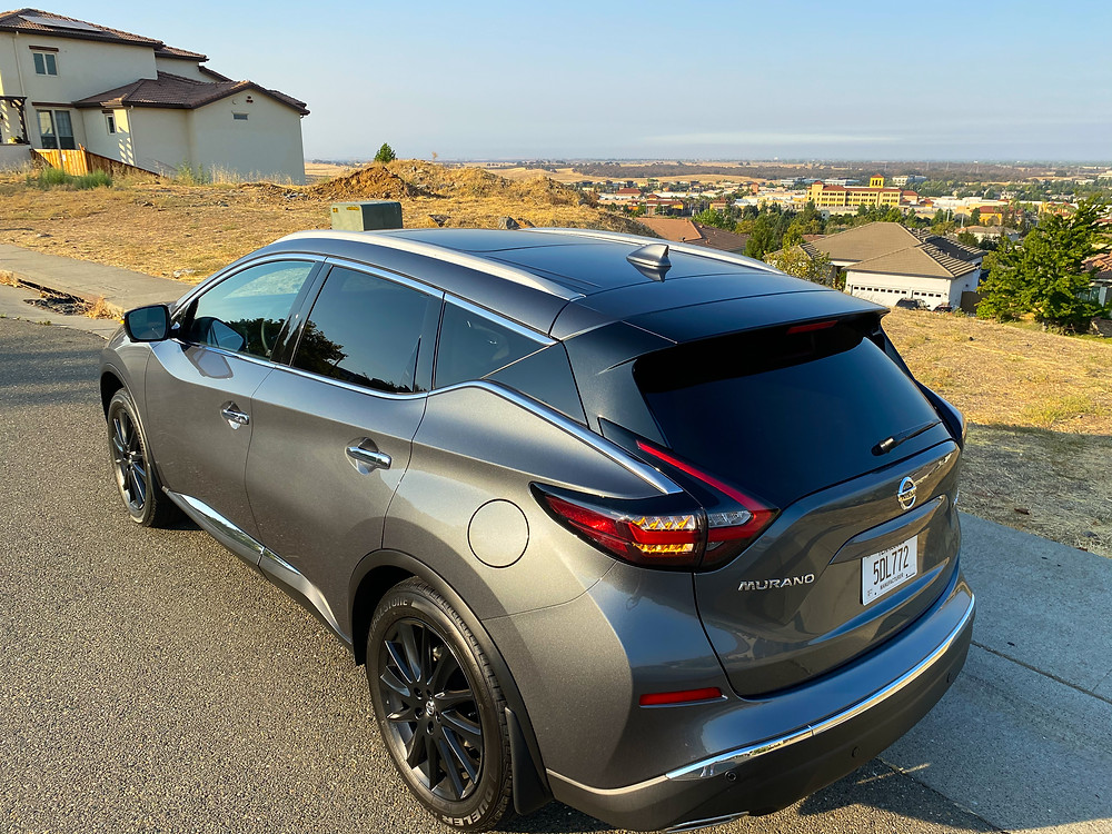 2020 Nissan Murano Platinum FWD rear 3/4 view