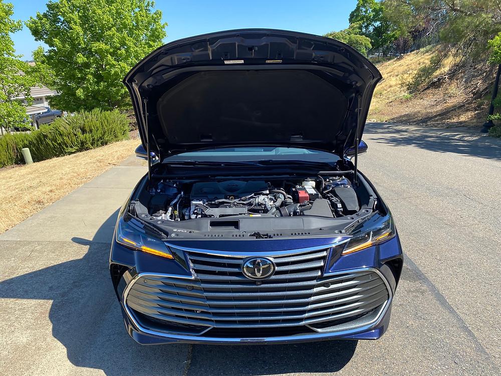 2021 Toyota Avalon Limited AWD hood up