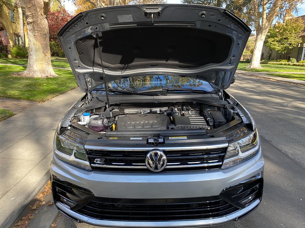 2020 Volkswagen Tiguan 2.0T SE R-Line Black with hood up