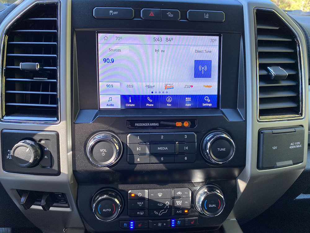 2021 Ford F-250 Tremor infotainment and HVAC