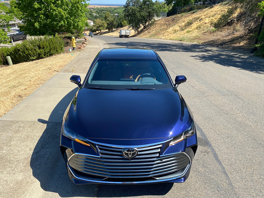 2021 Toyota Avalon Limited AWD front view