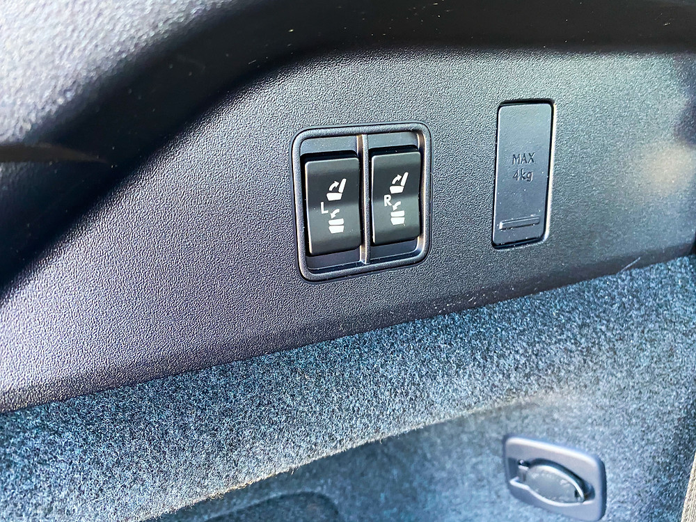 2020 Lexus RX 450hL power folding third-row switches