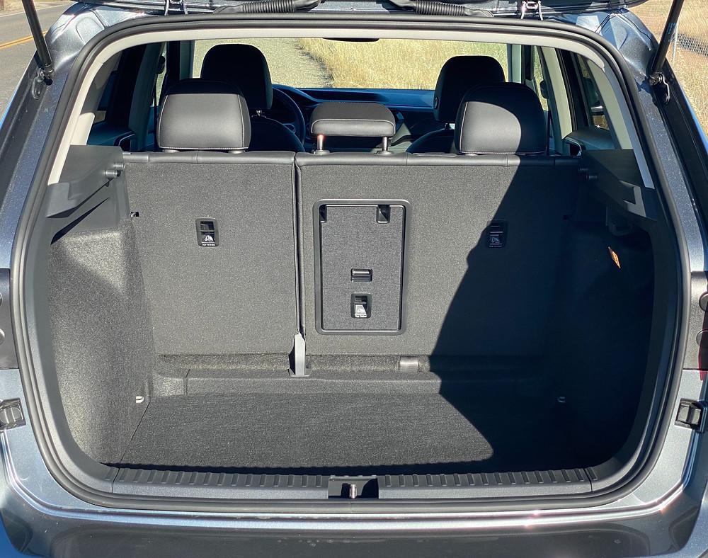 2022 Volkswagen Taos 1.5T SEL rear cargo area