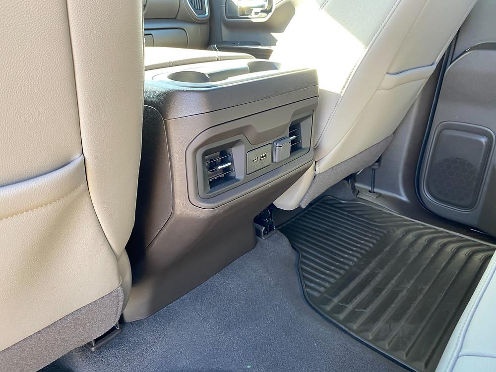 2021 Chevrolet Silverado Crew RST 4WD rear console
