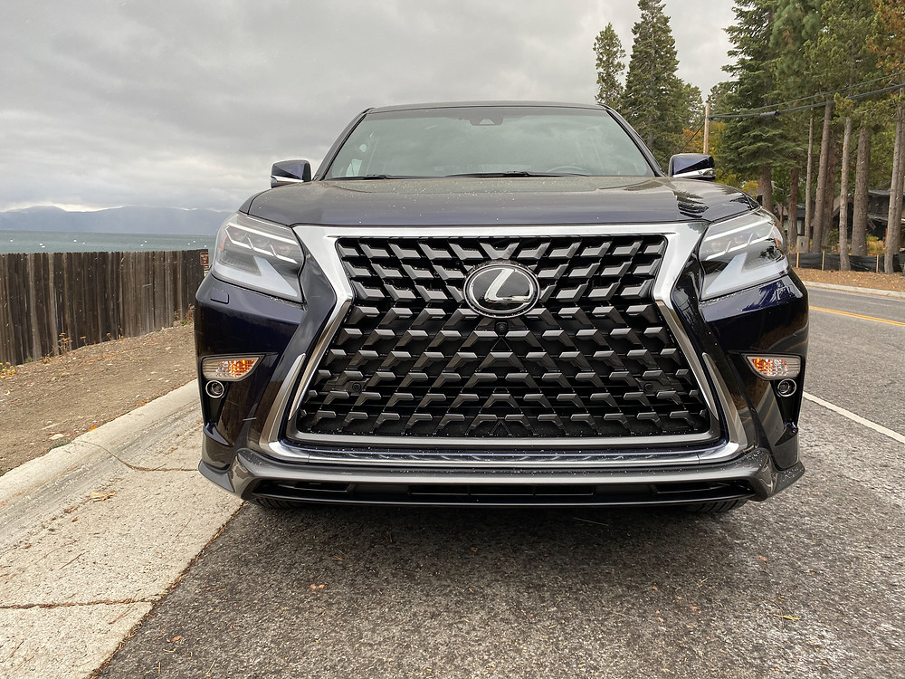 2021 Lexus GX460 front view