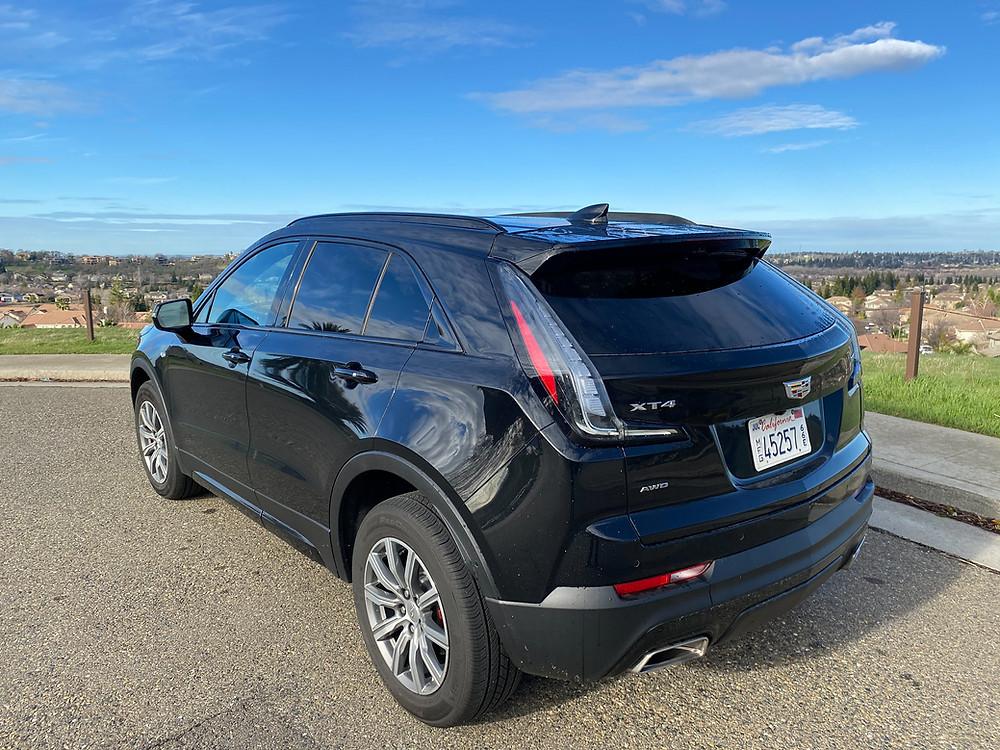 2021 Cadillac XT4 rear 3/4 view