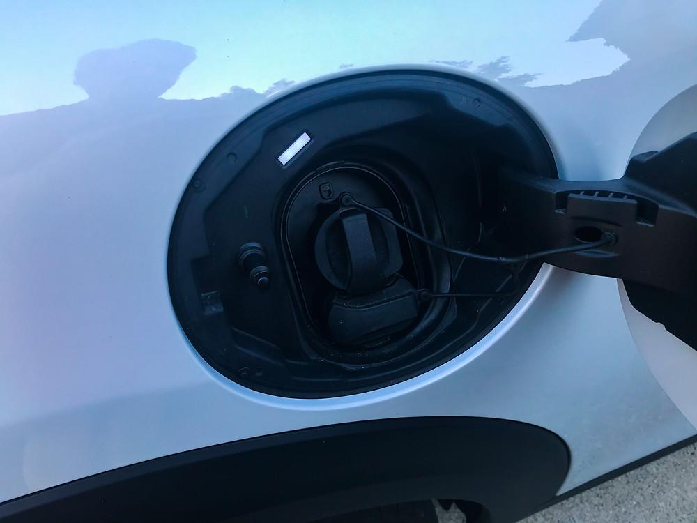 2020 Mini Cooper SE closed charging port