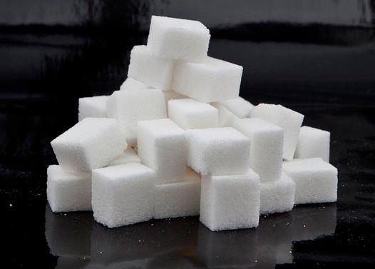 Сладкие напитки менее привлекательны, если знать, сколько в них кубиков сахара