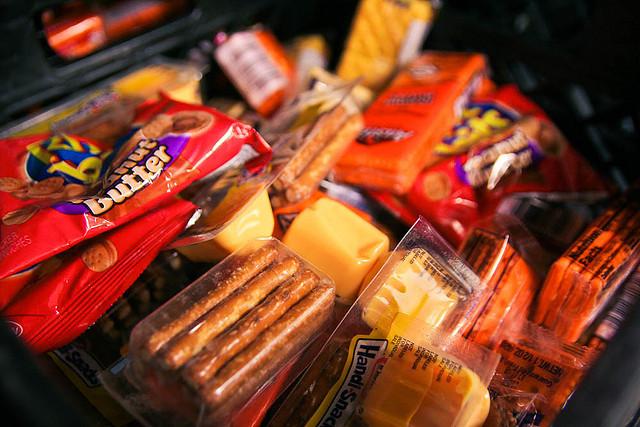 Крупные производители продуктов питания в США сократили 6,4 трлн калорий