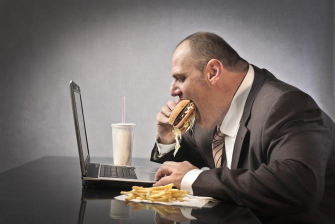 Продолжительность ожирения сильно повышает риск сердечно-сосудистых заболеваний, особенно если превы
