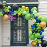 TMNT Balloon Garland
