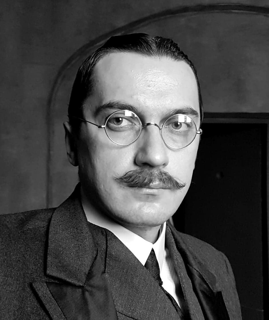 Aktor Krystian Modzelewski