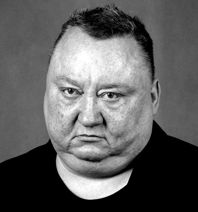 Aktor Piotr Pacak