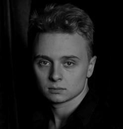 Aktor Paweł Gabor