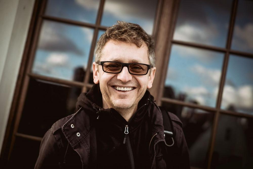 Aktor Paweł Niczewski