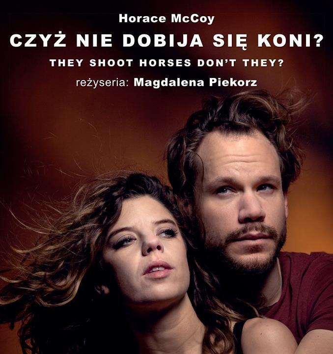 """Hanna Zbyryt w spektaklu """"Czyż nie dobija się koni?"""" w reżyserii Magdaleny Piekorz"""