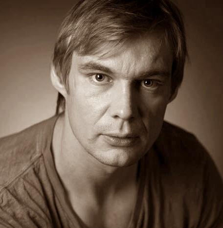 aktor Mikołaj Osiński