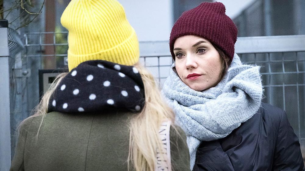 """Dominika Kryszczyńska i Roma Gąsiorowska w serialu fabularnym """"Przyjaciółki"""""""
