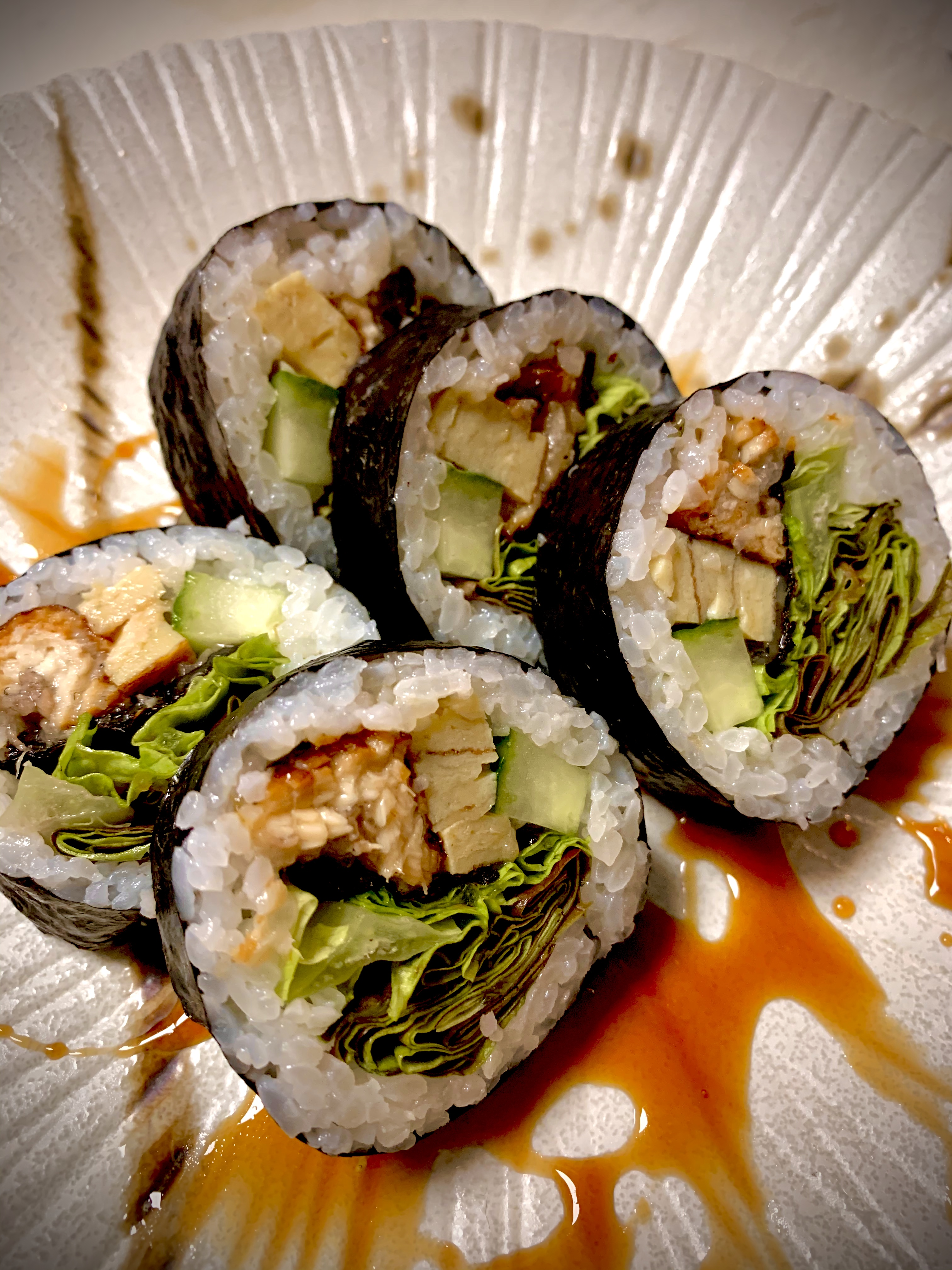 GROS ROULEAU MAKI ANGUILLE 12.50€