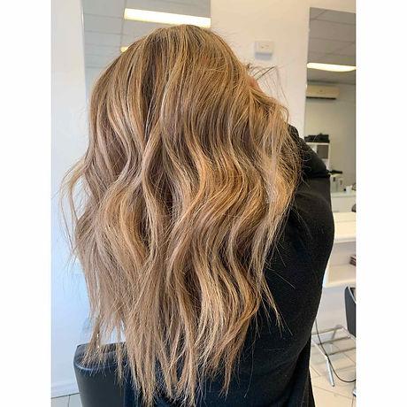 Blonde Waves.jpeg