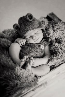 Fotografía newborn estudio en Monzon