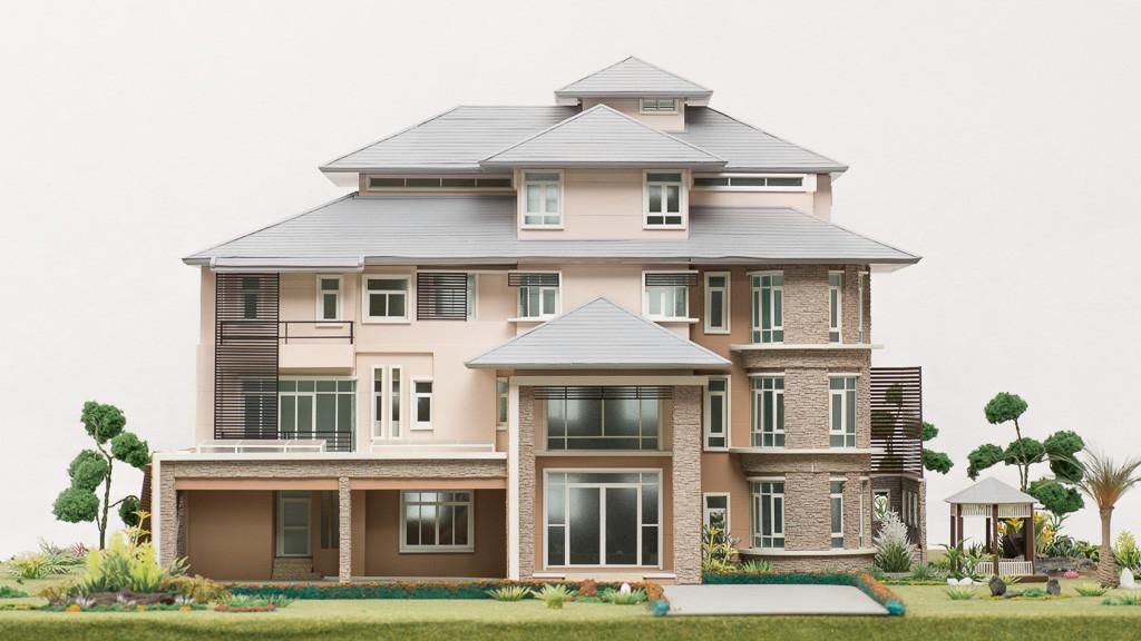 SAPHIRE HOUSE