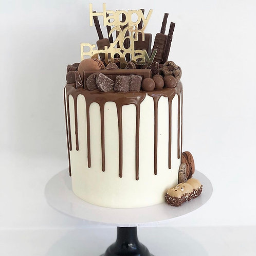 Vanilla and Chocolate Drip Cake