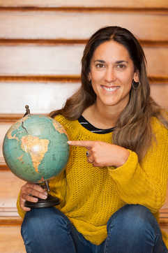 Profesora Segundo Ciclo - Trinidad Maino