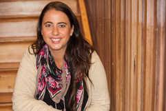 Profesora Segundo Ciclo - Loreto Lapostol