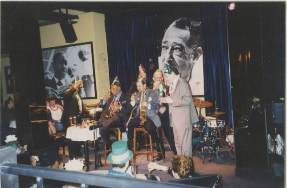 1999 Jazz Showcase Chicago with Clark Ne