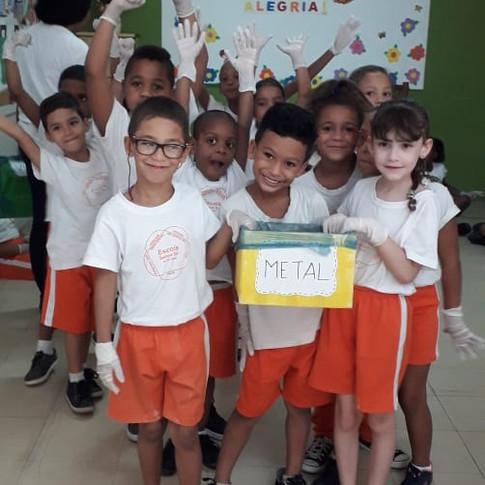 Escola Vila 17.jpeg
