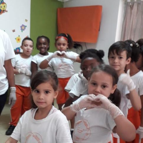 Escola Vila 16.jpeg