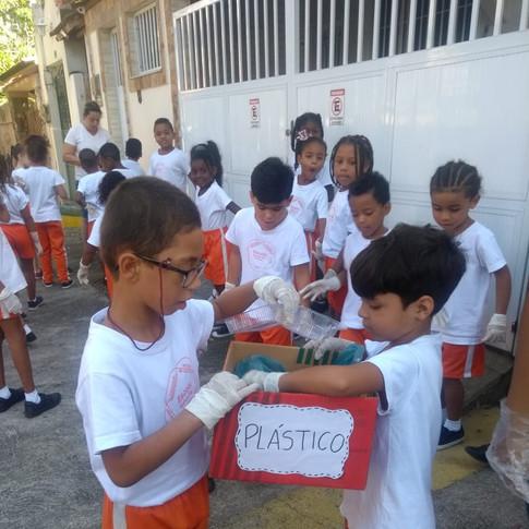 Escola Vila 19.jpeg