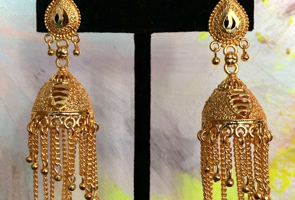 Parvati Gold Earring