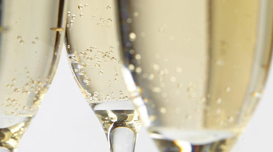 LePapillon_ChampagneGlasses.jpg